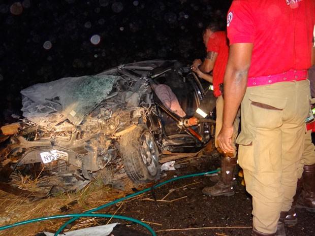 Acidente ocorreu na BR-242, próximo a zona Riral de Barreiras (Foto: Sigi Vilares/ Blog do Sigi Vilares)