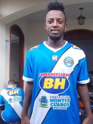 Kevin Riascos agradou a comissão técnica em seu primeiro treino no Bicho (Foto: Ricardo Guimarães / Assessoria MCFC)