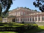 Museu Imperial, em Petrópolis, RJ, recebe exposição de carros antigos