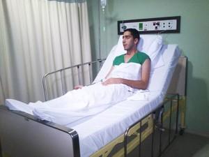 Thiago Tavares está internado no Hospital da Unimed, em Natal (Foto: Allyne Bezerra)