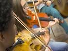 Orquestra Infantojuvenil apresenta 'Preparando o Natal' em Piracicaba