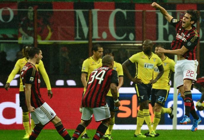 Kaka gol Milan (Foto: AFP)