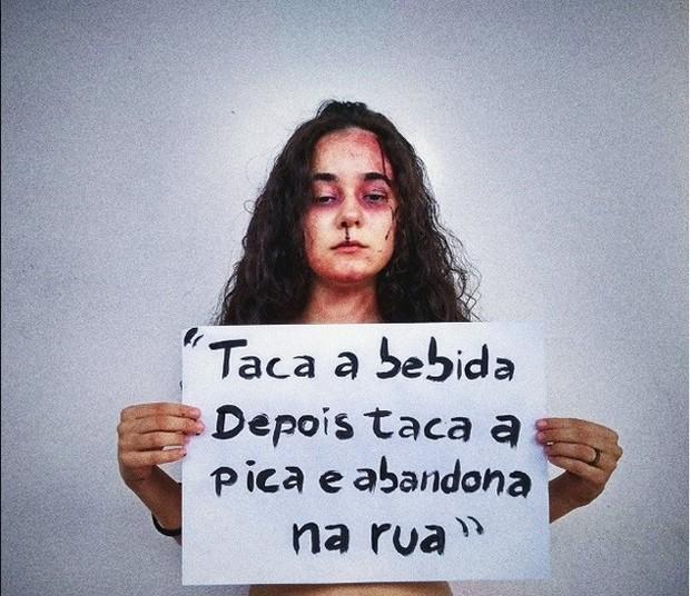 A estudante Yasmin Formiga chamou atenção para a letra acusada de fazer apologia ao estupro (Foto: reprodução)