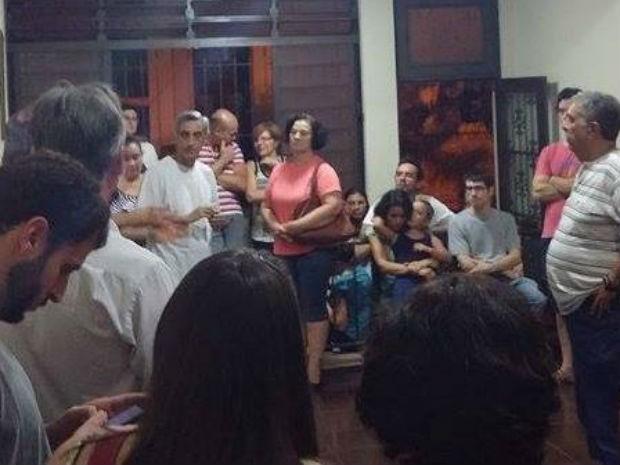 Assembleia em São Carlos decidiu pelo fim da greve dos bancários (Foto: Édipo Luiz Lohmann/ Arquivo Pessoal)