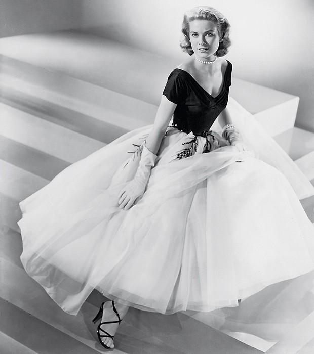 7. Grace Kelly posa como modelo em meados dos anos 1950 (Foto: divulgação)