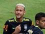 Jornalista diz que ida de Dani Alves para o PSG pode influenciar Neymar