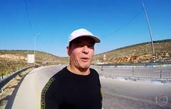 Clayton Conservani percorre os 42km da Maratona da Bíblia, na Cisjordânia