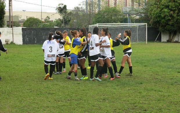 Equipe futebol feminino São Vicente (Foto: Bruno Gutierrez)