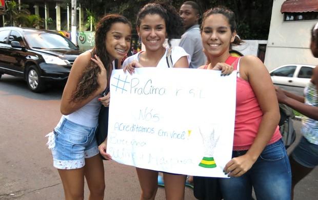 Fãs Hotel Brasil Rio de Janeiro (Foto: Cintia Barlem)