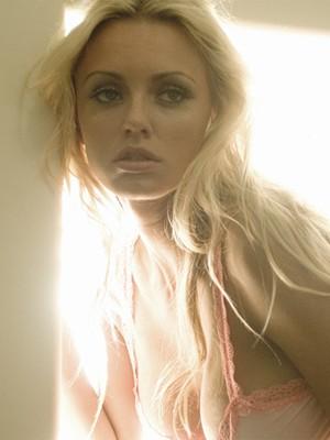 Cassandra Lynn (Foto: Divulgação / Twitter oficial da modelo)