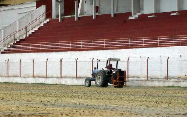 Gramados do CT e do Estádio Melão foram revitalizados (Foto: Assessoria de Imprensa)