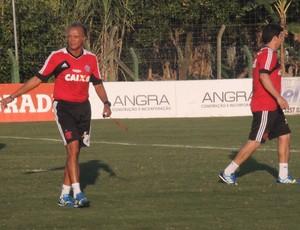 Jaime de Almeida, interino do Flamengo (Foto: Cahê Mota)