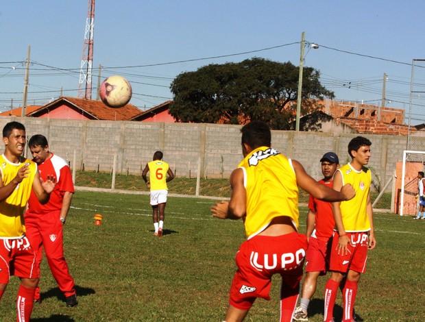 Uberaba Sport durante treino (Foto: Enerson Cleiton)