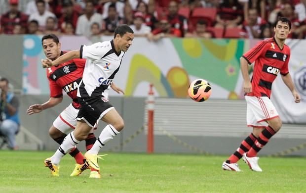 Eder Luis, Vasco x Flamengo (Foto: Jorge William/Agência O Globo)