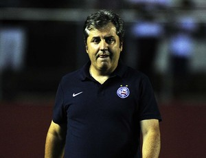 Gilson Kleina, técnico do Bahia (Foto: Marcos Ribolli)