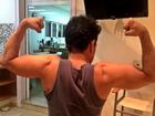 Graciele Lacerda faz registro de Zezé exibindo músculos: 'fotógrafa fitness'