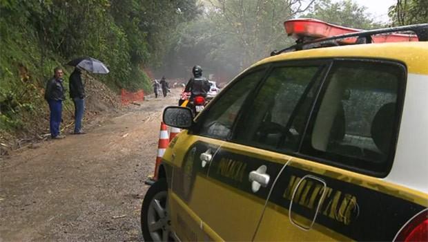 Estrada da Graciosa voltou a funcionar, depois de quase quatro meses (Foto: Reprodução)