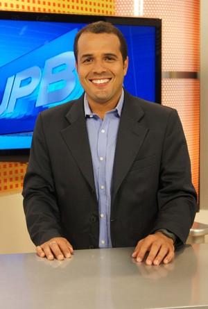 Laerte Cerqueira volta à TV Cabo Branco (Foto: Daniel Sousa/ TV Cabo Branco)