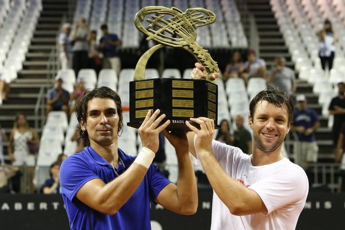 Peralta e Zeballos são campeões no Aberto do Brasil (Foto: Ricardo Bufolin/ECP)