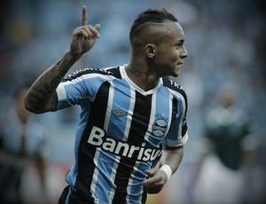 Everton, atacante do Grêmio