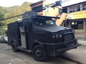Polícia Militar ocupa a comunidade Cerro-Corá, na Zona Sul do Rio. (Foto: Mariucha Machado / TV Globo)