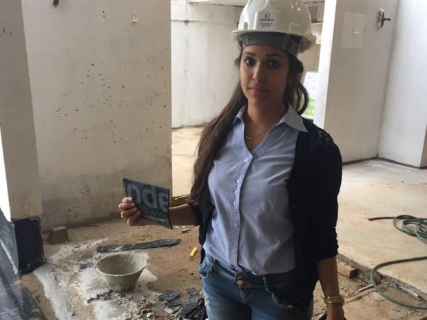 Especialistas explicam como evitar e tratar mofo nas paredes e móveis em GO (Foto: Danielle Oliveira/G1)