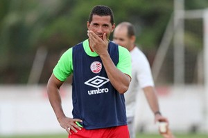 Fabiano Eller Náutico (Foto: Aldo Carneiro / Pernambuco Press)