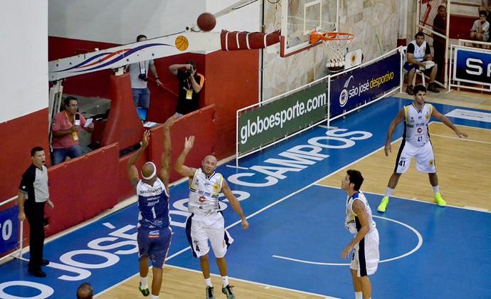 São José Basquete x Bauru NBB (Foto: Arthur Marega Filho/São José Desportivo)