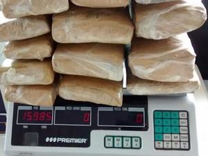 Tabletes estavam dentro de mochila (Foto: Polícia Civil/Divulgação)