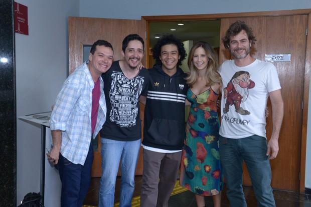 Fábio Brandão, Silvio Gonzalez, Lucas D'Jesus, Raphaela Palumbo e João Vitti (Foto: Diego Mendes/Divulgação)