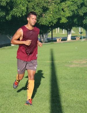 Raphael Freitas - atacante do River-PI (Foto: Emanuele Madeira/GloboEsporte.com)