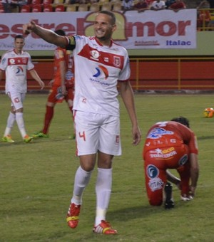 Leandro Camilo, zagueiro Princesa do Solimões (Foto: Duaine Rodrigues)