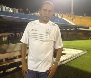 Neto Costa, técnico do Tocantinópolis (Foto: Edson Reis/GloboEsporte.com)