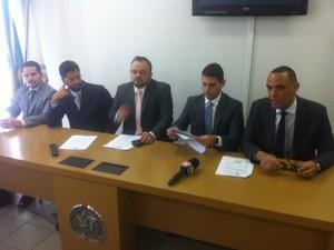 MPMG, MPF e Defensoria Pública da União divulgam novo laudo sobre a qualidade da água tratada (Foto: Sávio Scarabelli/G1)