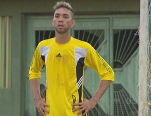 Arlon de Sá tem 1,93 de altura (Foto: Reprodução/TV Rondônia)