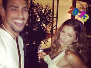 GALERIA Cauã Reymond e Grazi Massafera (Foto: Instagram / Reprodução)