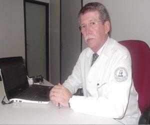 Ricardo Bragança é pioneiro em transplantes de rim no estado (Foto: G1)