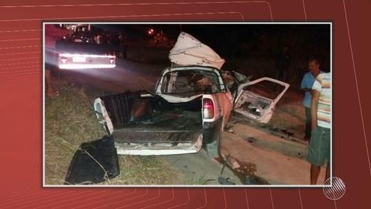 Batida entre pick-up e ônibus deixa seis mortos na BR-110, em Alagoinhas