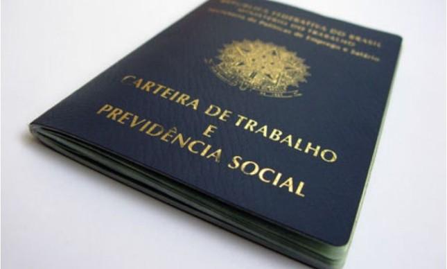 Carteira de trabalho e previdência social  (Foto: Arquivo Google)