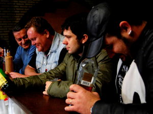 Bêbados Habilidosos (Foto: Victor Morelo/ Divulgação)