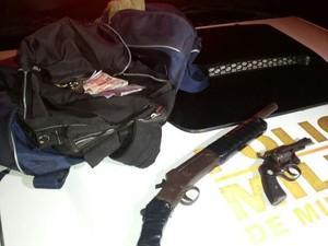 Jovem suspeito de roubo morre durante troca de tiros em Uberlândia (Foto: Polícia Militar/Divulgação)