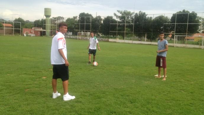 Nikolas, Wallison e Felipe (Foto: Edson Reis/GloboEsporte.com)