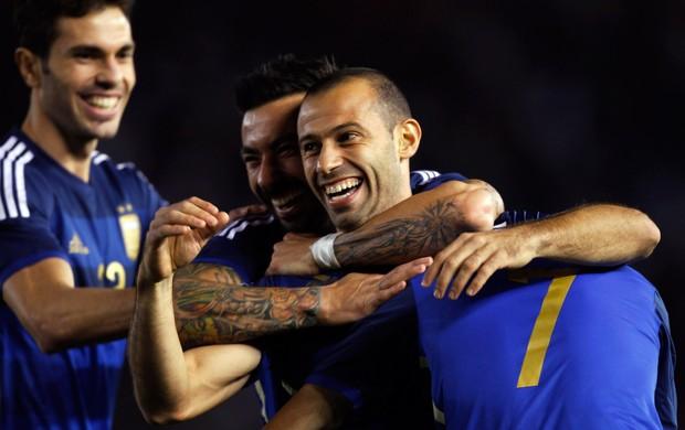 Mascherano gol amistoso Argentina x Trinidad e Tobago (Foto: Reuters)