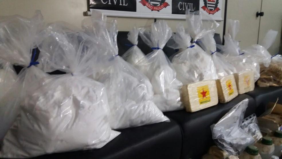 Polícia apreendeu mais de 100 quilos de droga em Caçapava (Foto: Eduardo Marcondes/TV Vanguarda)