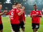 Com emoção e casa cheia, Hannover vence e ainda briga contra a degola