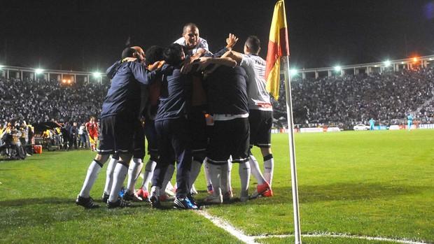 Danilo, Corinthians x Santos (Foto: Marcos Ribolli  / Globoesporte.com)