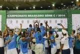 """Campeão, Milton Raphael comemora em tom de despedida: """"Inesquecível"""""""