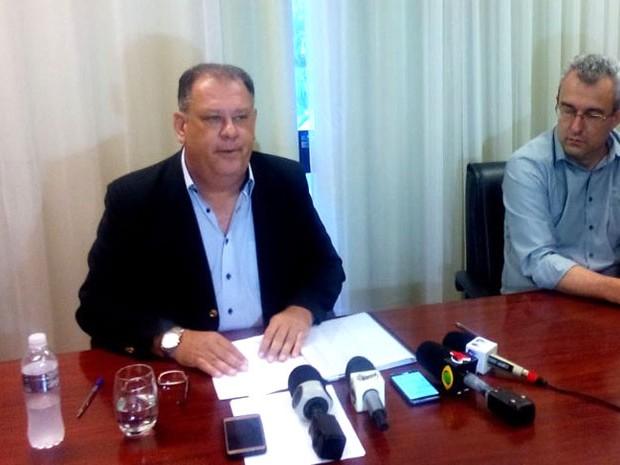 Vice-prefeito de Ribeirão Preto, Marinho Sampaio (PMDB), renuncia o cargo (Foto: Rodolfo Tiengo/G1)