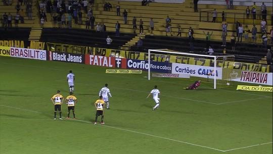 Bill quebra jejum, cumpre promessa e comemora primeiro gol pelo América-MG