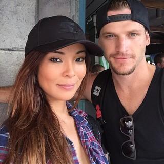Carol Nakamura com Raphael Lacchine (Foto: Instagram)